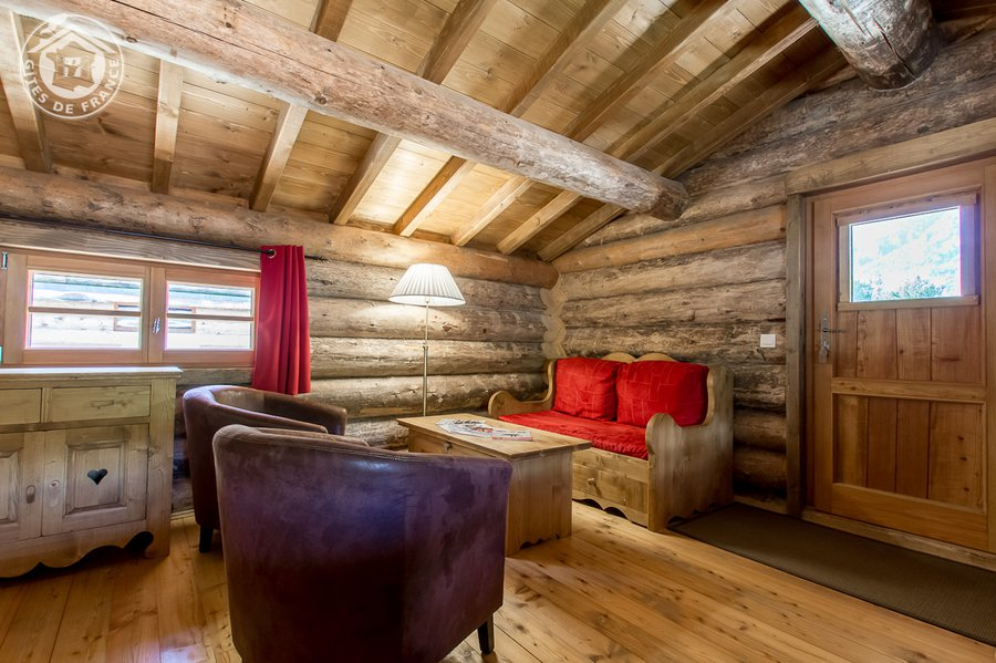 cabane dans les arbres cabane bouquetin la cabane en l 39 air. Black Bedroom Furniture Sets. Home Design Ideas